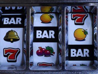 Spilleautomat med enkle symboler