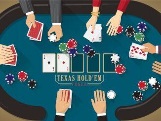 Kort, chips og hender som spiller poker