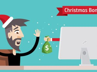 Mann med nisselue, glad penger ut av skjermen